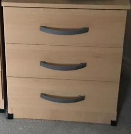 3 draw bedside cabinet