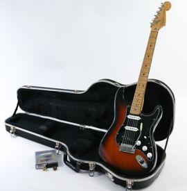 1995 Fender American Standard Stratocaster 3 Tone Sunburst & Fender Red Label Case