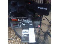 Wickes 850W Belt Sander