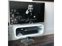 Ultra HD 43''TOSHIBA smart Tv