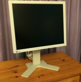 18 inch LCD monitor, 720p, height-adjustable