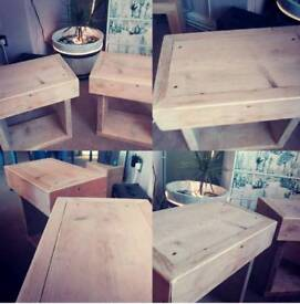 Tables Bedside/Side tables