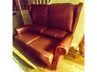 THOMAS LLOYD 2 SEATER RICH BROWN LEATHER SOFA HIGH BACKED
