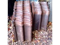 24 DOUBLE ROMAN TILES,GOOD CONDITION.IDEAL FOR REUSE ON SMALL PROJECTS.