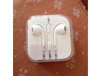 "Apple EarPods - ""NEW, sealed"""
