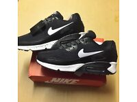 Brand New With Tags Men's Nike 90s Black/White Breathe Size 10 £35
