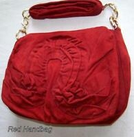 Ladies Red handbag, classical style, always fashionable