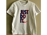 Boys Nike t shirt