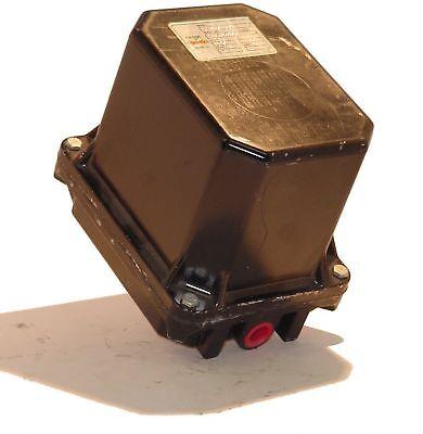 Lot Of Six 6 Crane Controls Mar-9-30 120vac Electric Actuators
