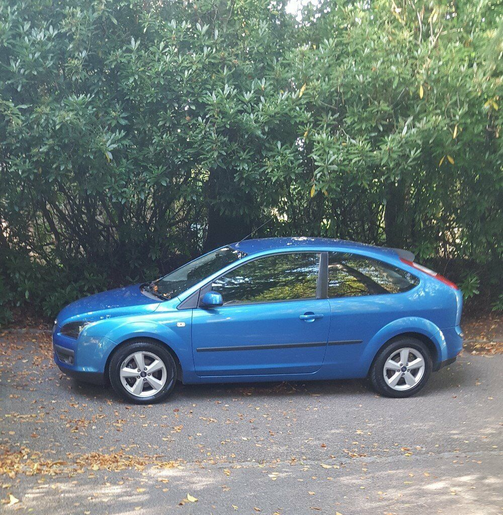 Ford Focus 1.6 Zetec (2005) Climate - Blue