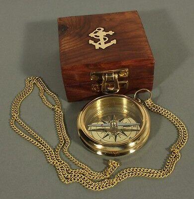 Kompass Messing mit Kette und Holzbox Messingkompaß