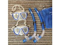SNORKEL AND GOGGLES X 2