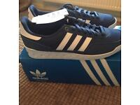 BNNW men's adidas training p.t.70s size 9