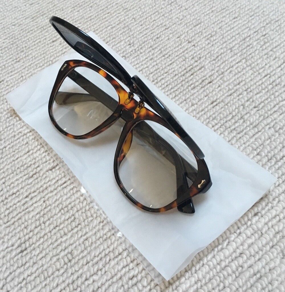 a0337d3e52a473 Aviator Pilot Flip Up Sunglasses (Not Kanye, Conor McGregor, Gucci,  Supreme, BAPE, Off White, Y3)