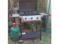 Gas barbecue with lid AND GAS REFILL