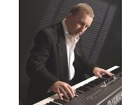 Pianist/Keyboard Player/Singer Available