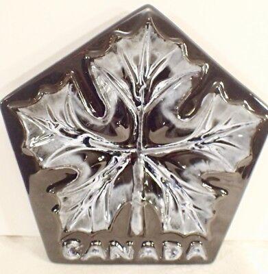 "Blue Mountain Pottery Canada BMP Maple Leaf Plate Gloss Black & White Glaze 8.5"""