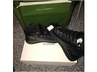 Balenciaga arenas worn once. Uk 6!
