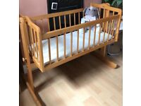 Vintage wooden rocking cot (0-6months)