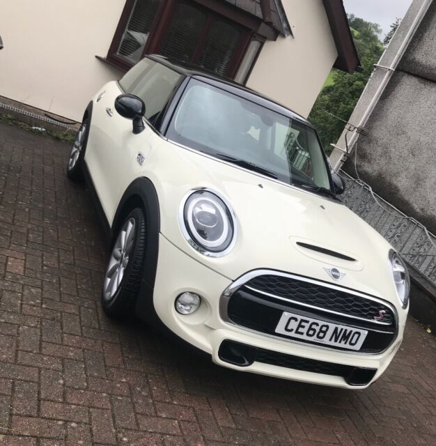 Brand New 68 Plate Mini Cooper S With Chilli Pack