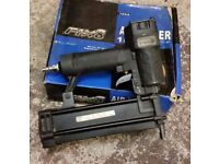 FIX8 F50 PNEUMATIC NAILER
