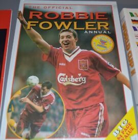 The Official Robbie Fowler Annual football Books/book – post or collect