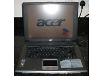 8 Acer Travelmate laptop job lot with licenses