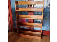 Vintage oak bookcase (1940)