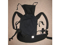 Patapum toddler sling carrier - front and back