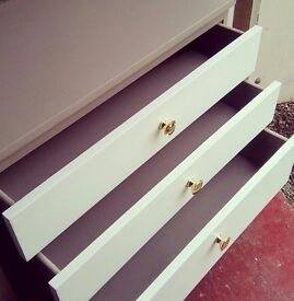 Meredew mid-century teak chest of drawers/ sideboard