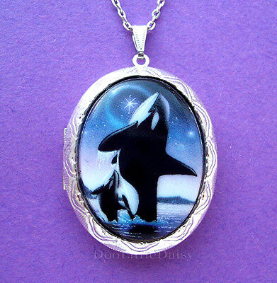 Porcelain ORCA KILLER WHALE & BABY CAMEO Costume Jewelry Locket Pendant Necklace