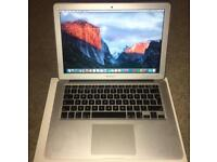 "Apple MacBook Air 13.3"" intel core i5 - 8GB ram - 128GB SSD mid 2013 with the box 1.5GB graphics"