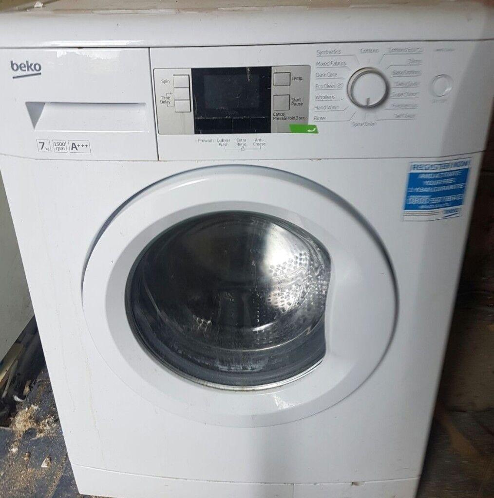 1 year old 7kg Beko washing machine