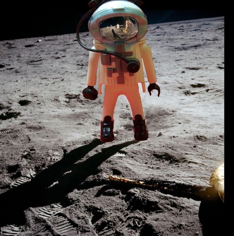 Neue Welten entdecken - mit Playmobil in den Weltraum starten (fdecomite (CC BY 2.0))