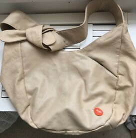 Hugo boss cream /beige leather bag