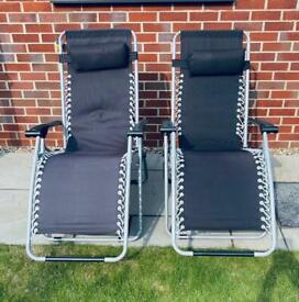 2 x Gravity Chairs