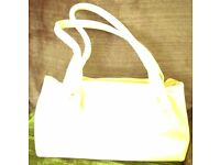 BUTTER YELLOW LEATHER HANDBAG BY DERRICI.