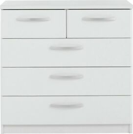 Hallingford 3+2 Drawer Chest - White