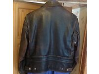 40/42-Med-.BROWN LEATHER H-D jacket..Lovely Conditon.includes badges..