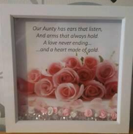 Aunty frame