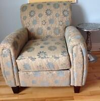 Un fauteuil inclinable