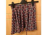 Size 6 (XS) paisley design skirt