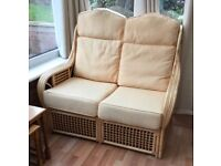 CONSERVATORY SUITE 2 CHAIRS & SETTEE