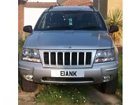 JEEP GRAND CHEROKEE 4.0 LITRE PETROL, SILVER, LOW MILEAGE, 2 OWNERS FROM NEW