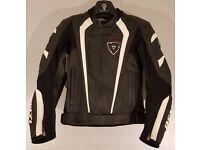Postage Available *Rev'it GT *Leather Sports Motorcycle Jacket *Black *EU 46 UK 36 *VGC