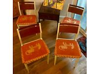Set of 4 wooden dining chairs. Excellent!