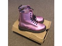f47b9c25a4f8 NEW Dr Martens Iced Metallic Holographic Pink Boots. Size 5 UK.