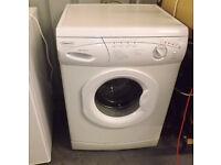 Hotpoint Aquarius Washing Machine WMA30 White Freestanding 1000 Spin