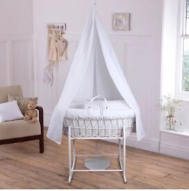 Gorgeous Moses basket brand new!