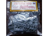"""Dapol Model Kit G.W.R. """"City"""" Class 4-4-0 Locomotive - 3440 """"City of Truro"""""""